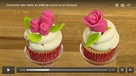tutorial video Concevoir des roses en pâte de sucre ou en fondant