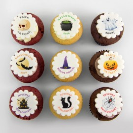 Halloween illustration cupcakes